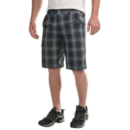 Columbia Sportswear Cool Creek Shorts - UPF 15, Stretch Plaid (For Men) in Black Plaid - Closeouts
