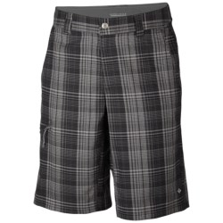 Columbia Sportswear Cool Creek Shorts - UPF 15, Stretch Plaid (For Men) in Tusk