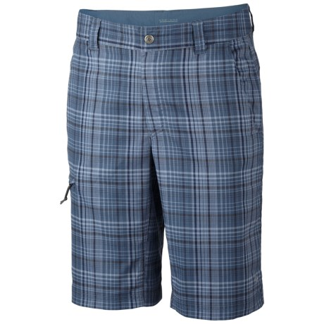 Columbia Sportswear Cool Creek Shorts - UPF 15, Stretch Plaid (For Men) in Grill
