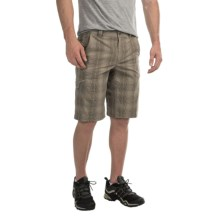 Columbia Sportswear Cool Creek Shorts - UPF 15, Stretch Plaid (For Men) in Tusk Plaid - Closeouts