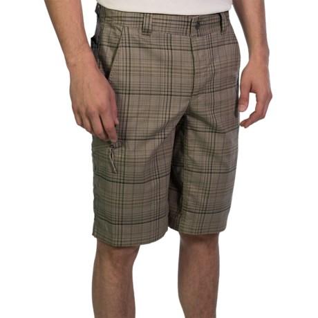 Columbia Sportswear Cool Creek Shorts - UPF 15, Stretch Plaid (For Men) in Tusk