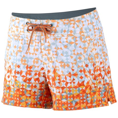 Columbia Sportswear Drainmaker Shorts - UPF 50 (For Women) in Zing Ombre Prism Print