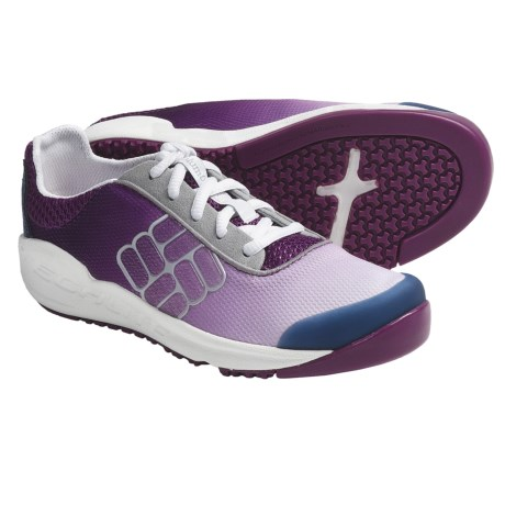 Columbia Sportswear Drainmaker Water Shoes (For Youth) in Berry Jam/Windsor