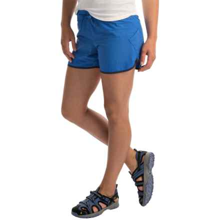 Columbia Sportswear Endless Trail Shorts - UPF 30 (For Women) in Stormy Blue/Nocturnal - Closeouts