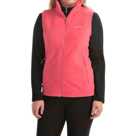 Columbia Sportswear Fast Trek Microfleece Vest - Omni-Shield® (For Women) in Bright Geranium - Closeouts