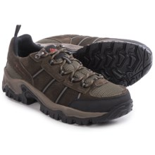 Columbia Sportswear Grants Pass Low Hiking Shoes - Waterproof (For Men) in Cordovan/Cedar - Closeouts