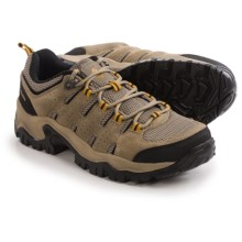 Columbia Sportswear Lakeview Hiking Shoes (For Men) in Verdant/Caramel - Closeouts