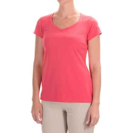 Columbia Sportswear Omni-Shade® PFG Innisfree Shirt - UPF 50, Short Sleeve (For Women) in Bright Geranium - Closeouts