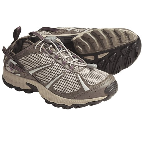 Columbia Sportswear Outpost Hybrid 2 Water Shoes (For Women) in Oxford Tan/Wood Violet