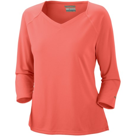 Columbia Sportswear PFG Skiff Guide Shirt - UPF 30, 3/4 Sleeve (For Women) in Hot Coral