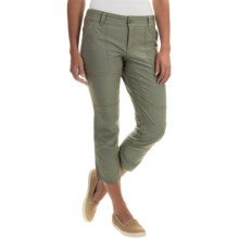 Columbia Sportswear Pilsner Peak Capris - Omni-Wick®, UPF 50 (For Women) in Cypress - Closeouts
