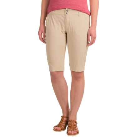 Columbia Sportswear Saturday Trail Omni-Shield® Shorts - UPF 50+ (For Women) in Fossil - Closeouts
