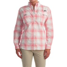 Columbia Sportswear Super Bahama Shirt - UPF 30, Roll-Up Long Sleeve (For Women) in Rosewater Large Plaid - Closeouts