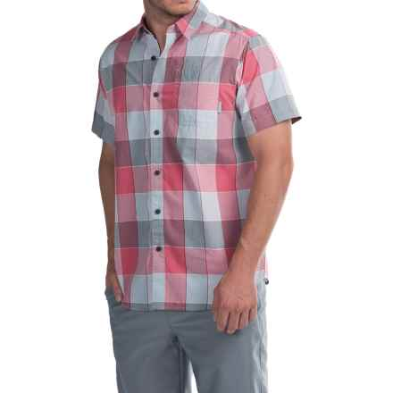 Columbia Sportswear Thompson Hill II Yarn-Dye Shirt - Short Sleeve (For Men) in Sunset Red Large Plaid - Closeouts