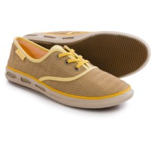 Columbia Sportswear Vulc N Vent Lace Canvas II Shoes (For Women) in British Tan/Stinger - Closeouts