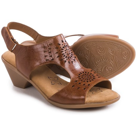 Comfortiva Felda Sandals (For Women)