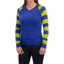 Core Concepts Limelight Sweater - Merino Wool, V-Neck (For Women) in Vivid/Lime - Closeouts