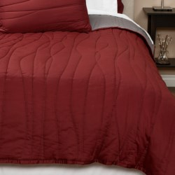 Coyuchi Wave Sateen Quilt - Twin, Reversible, 300 TC Organic Cotton in Brick W/Mid Grey
