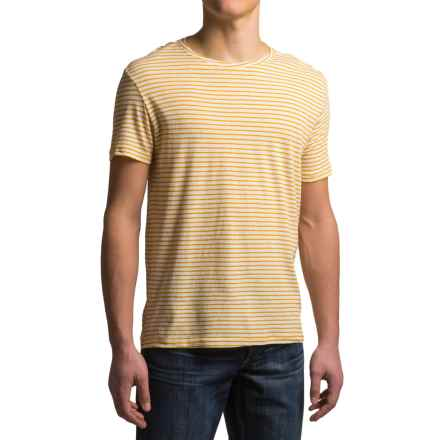 Craghoppers Bernard T-Shirt - Cotton-Linen, Short Sleeve (For Men) in English Mustard - Closeouts