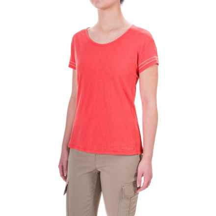 Craghoppers Thea T-Shirt - Scoop Neck, Short Sleeve (For Women) in Watermelon - Closeouts