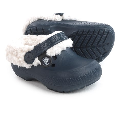 Crocs Classic Blitzen II Clogs (For Infants and Toddler Boys) in Navy/Oatmeal