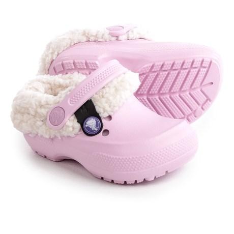 Crocs Classic Blitzen II Clogs (For Infants and Toddler Girls) in Ballerina Pink/Stucco