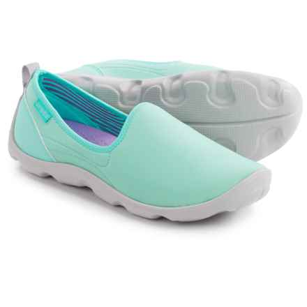 Crocs Duet Busy Day Stretch Skimmer Shoes - Slip-Ons (For Women) in Ice Blue/Pearl White - Closeouts