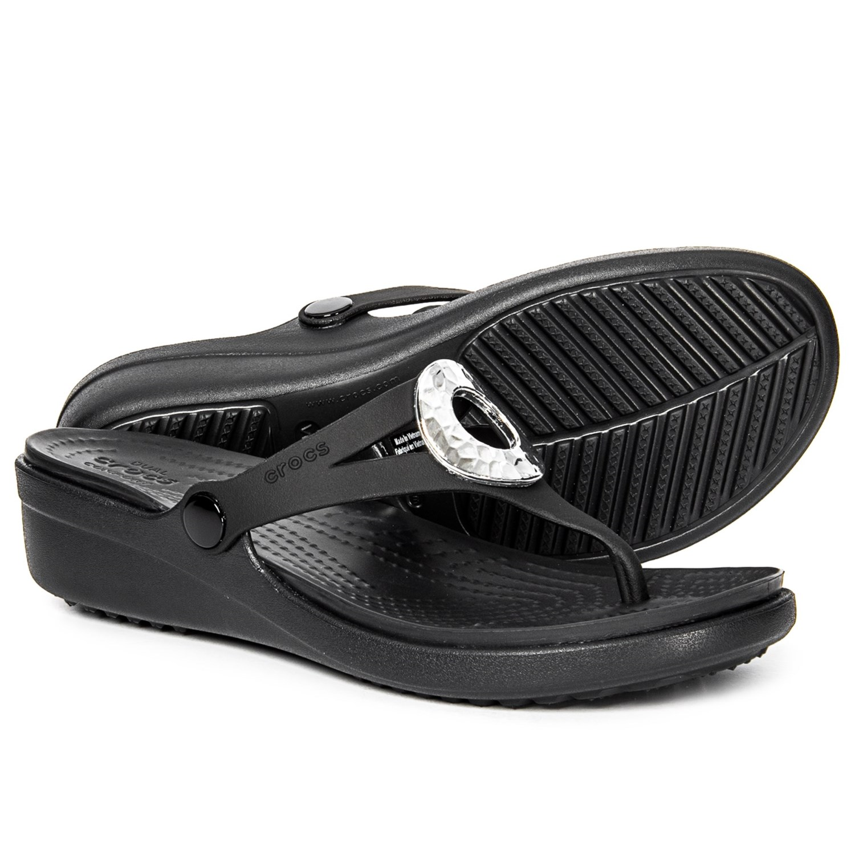 f9024ec13300 Crocs sanrah hammered metallic wedge flip flops for women in black jpg  1500x1500 Crocs sanrah