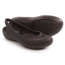 Crocs Taylor Sling-Back Shoes (For Women) in Mahogany - Closeouts