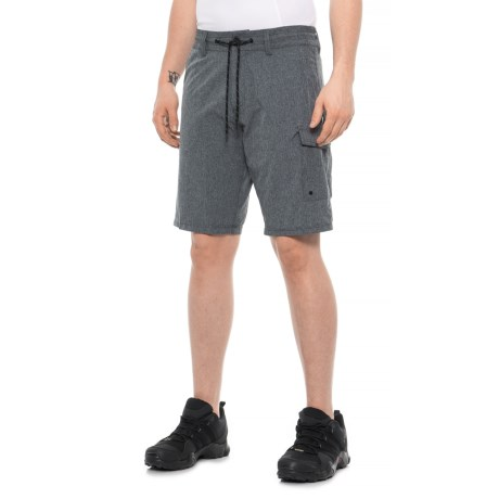 Image of Cruiser Cargo Hybrid 21 Shorts (For Men)