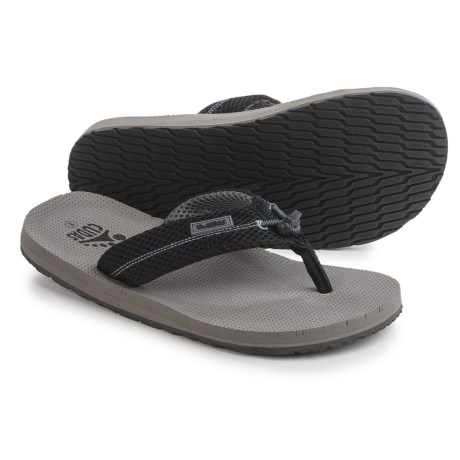 Cudas Edisto PerfectPull Flip-Flops (For Men) in Grey