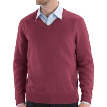 Cullen Solid V-Neck Sweater - Cashmere (For Men) in Bordeaux - Closeouts