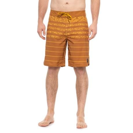 Image of Cumin Field Stripe High Seas Boardshorts (For Men)