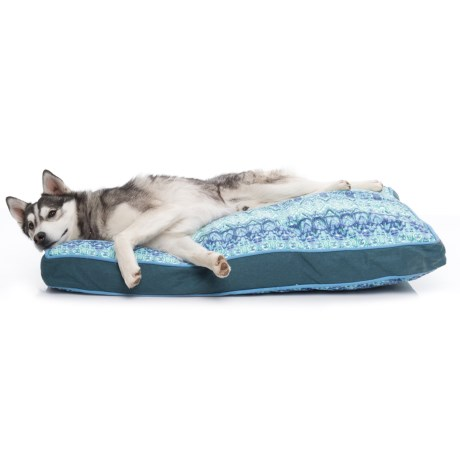 "Cynthia Rowley Tex Stripe Rectangle Dog Bed - 28x40"" in Blue Jay"