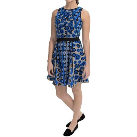 Cynthia Steffe Inga Textured Jacquard Dress Sleeveless (For Women)