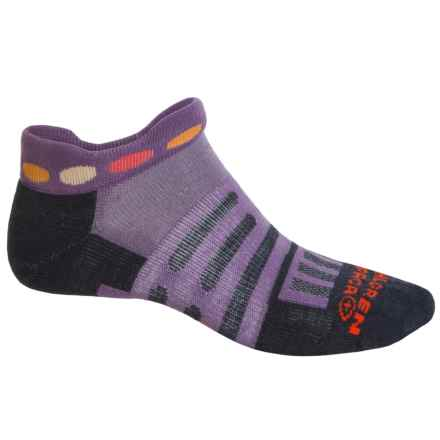 Dahlgren Trainer Socks - Ankle (For Men and Women) in Orchid - Overstock