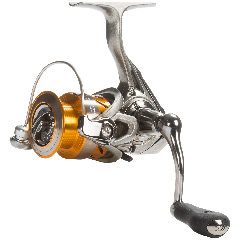 Daiwa revros 2000 spinning reel bass fishing save 29 for Bass fishing spinning reels