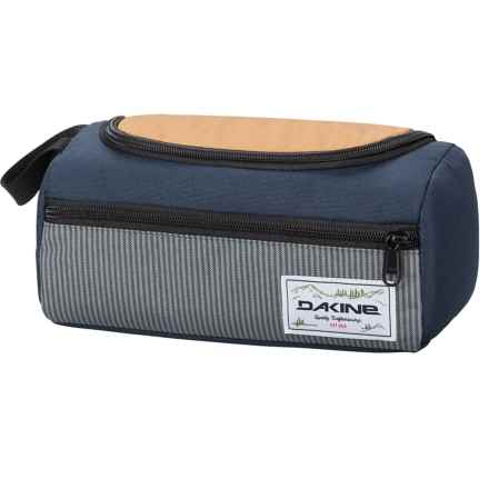 DaKine Groomer Toiletry Bag in Bozeman - Closeouts