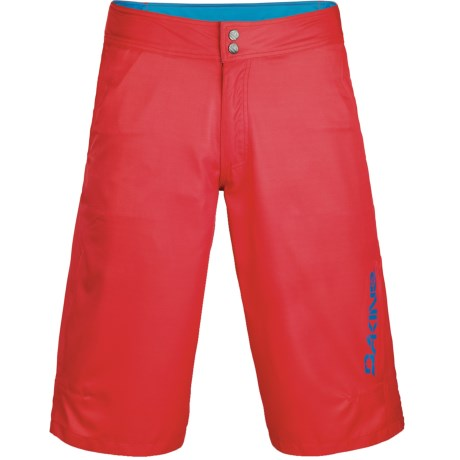 DaKine Pace Cycling Shorts (For Men) in Red