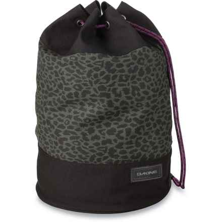 DaKine Sadie Beach Bag - 15L (For Women) in Wildside - Closeouts