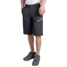 DaKine Syncline Bike Shorts (For Men) in Black - Closeouts