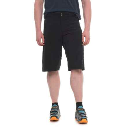 DaKine Syncline Bike Shorts - Removable Liner Shorts (For Men) in Black - Closeouts