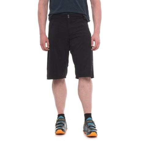 DaKine Syncline Bike Shorts - Removable Liner Shorts (For Men) in Black