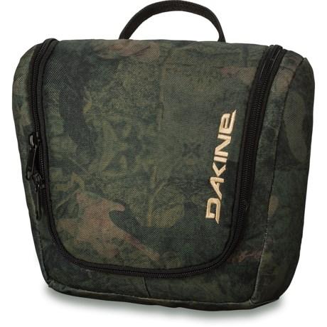 DaKine Travel Kit in Peat Camo