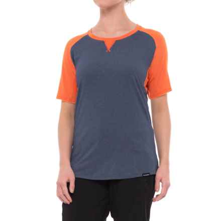 DaKine Xena Shirt - Short Sleeve (For Women) in Crown Blue/Bright Coral - Closeouts