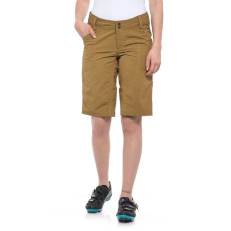 DaKine Zella Bike Shorts (For Women) in Buckskin