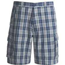 Dakota Grizzly Enzo Plaid Cargo Shorts (For Men) in Lake - Closeouts