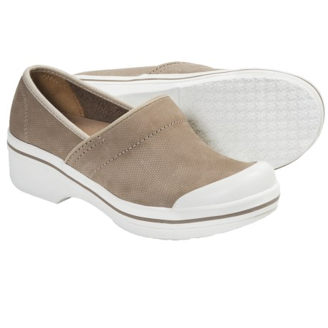 Dansko Volley Shoes (For Women) in Sandpiper Hopsack