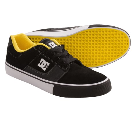 DC Shoes Bridge Skate Shoes (For Men) in Black/Yellow