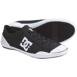 DC Shoes Chelsea Zero Low SE Skate Shoes (For Women) in Black/Stripe